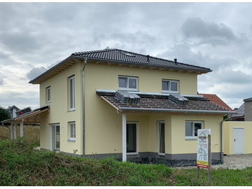 Wohnhaus-Neubau in Schlingen