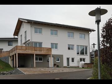 Doppel-Wohnhaus-Neubau in Rauhenzell
